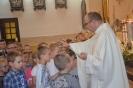 Przedszkolaki dziękują Bogu